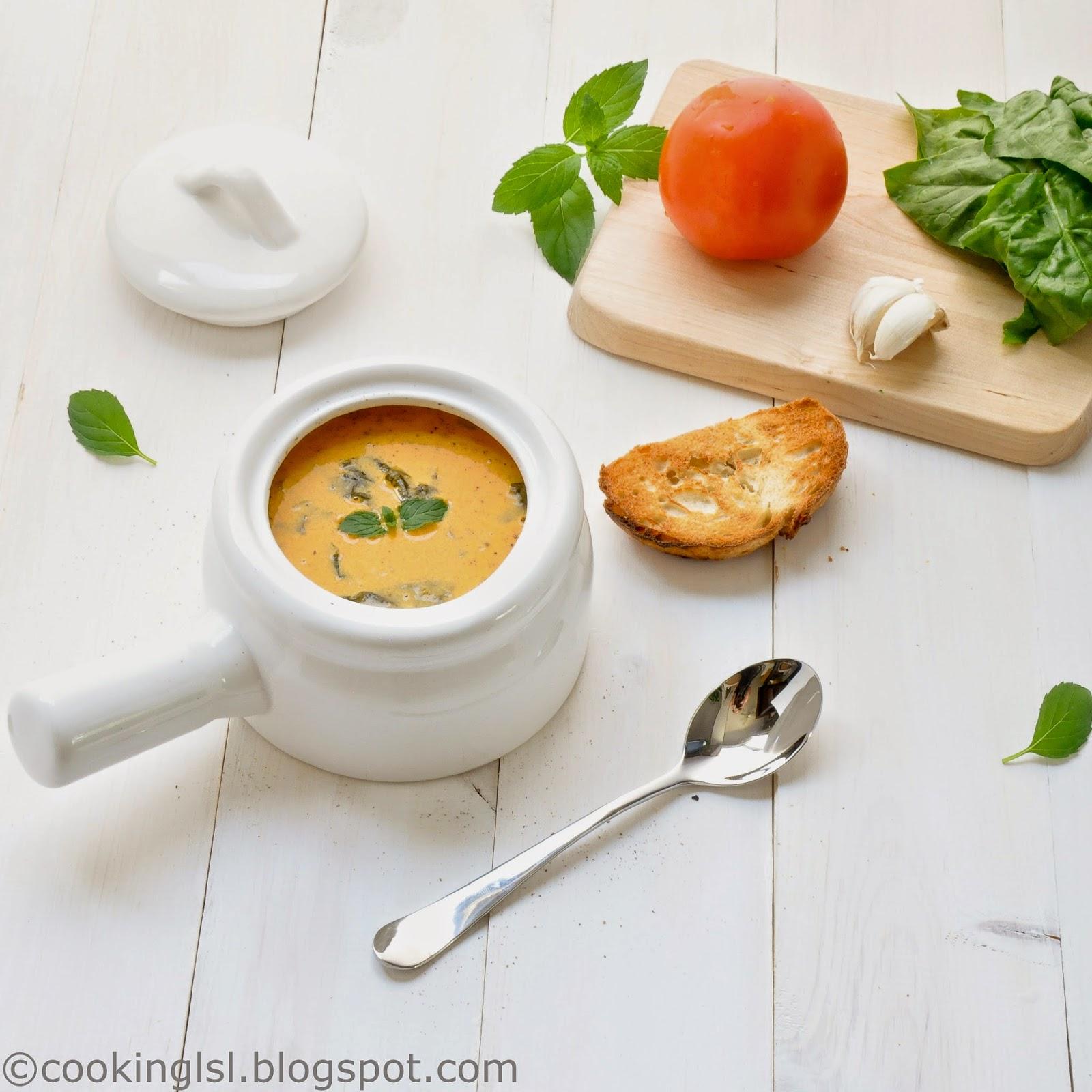 Easy-creamy-tomato-florentine-soup-recipe