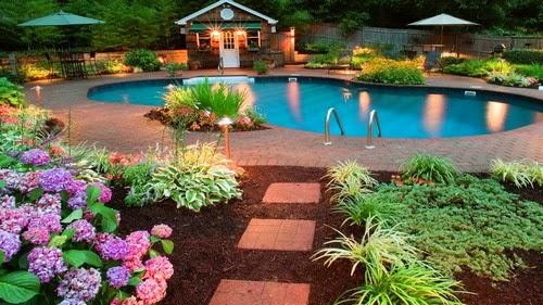 Stunning Outdoor Home Landscape