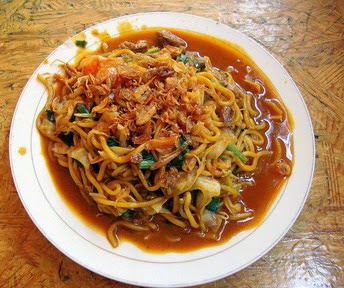 mie kuah aceh