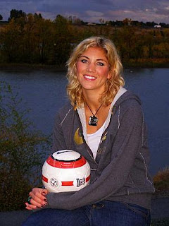 Hope Solo pic