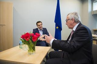 Τηλεφώνημα Τσίπρα-Γιούνκερ και το non paper της ελληνικής κυβέρνησης