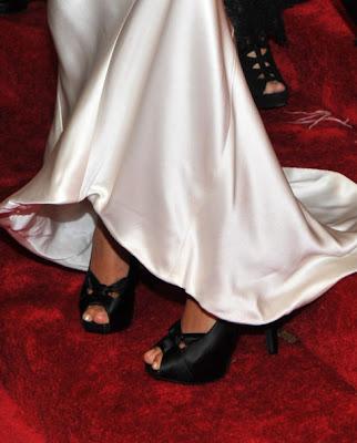 Freida Pinto wore a pair of Dana Davis Primrose black satin heels to the 2011 MET Gala.
