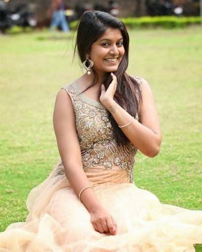 Kavya Kumar New Photos Stills
