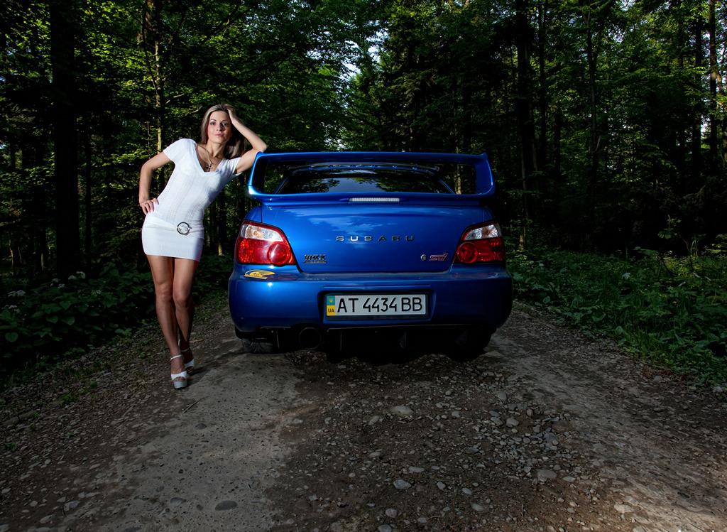 Subaru Impreza WRX STi GD, panienki z samochodami, fotografie