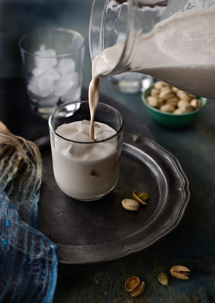 #Horchata #CoconutHorchata #VeganDrink #BoozeHorchata # SimiJoisPhotography