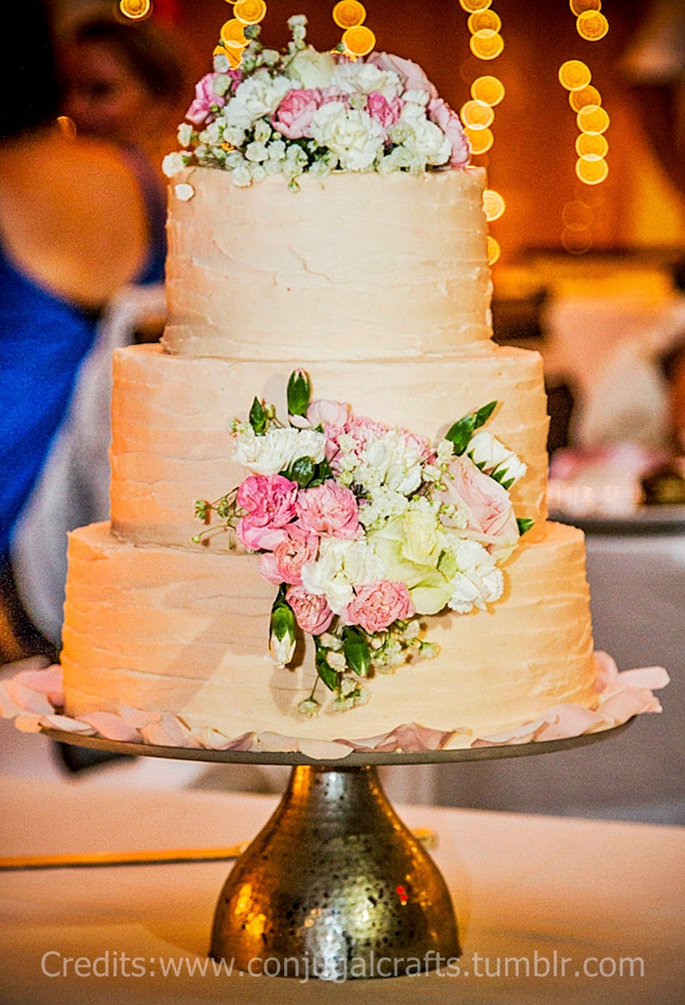 Red Velvet Cake Iced With Vanilla Butter Cream For The Second Wedding This Month Color Scheme Was White And Pale Pink I Tried Several Times Before