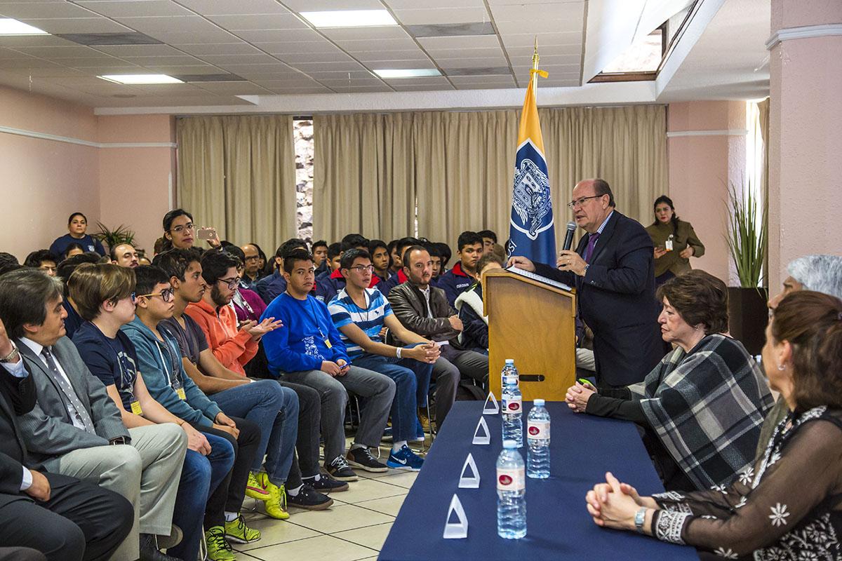 UASLP SEDE DE XXVI OLIMPIADA NACIONAL DE QUÍMICA A LA QUE ASISTEN 192 JÓVENES DEL PAÍS