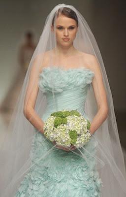 baju pengantin biru