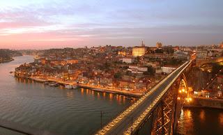 Ryanair, Vatry - Porto