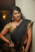 Sravya reddy sizzling saree photos-thumbnail-8