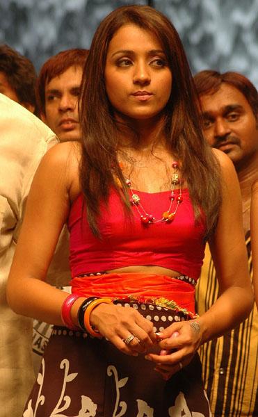 ... Photos: Heroine trisha krishnan Prabhas Bujjigadu telugu movie stills