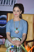 Tamanna latest gorgeous pics-thumbnail-18