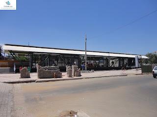 Calçada da estação do Trem do Cariri em obras.