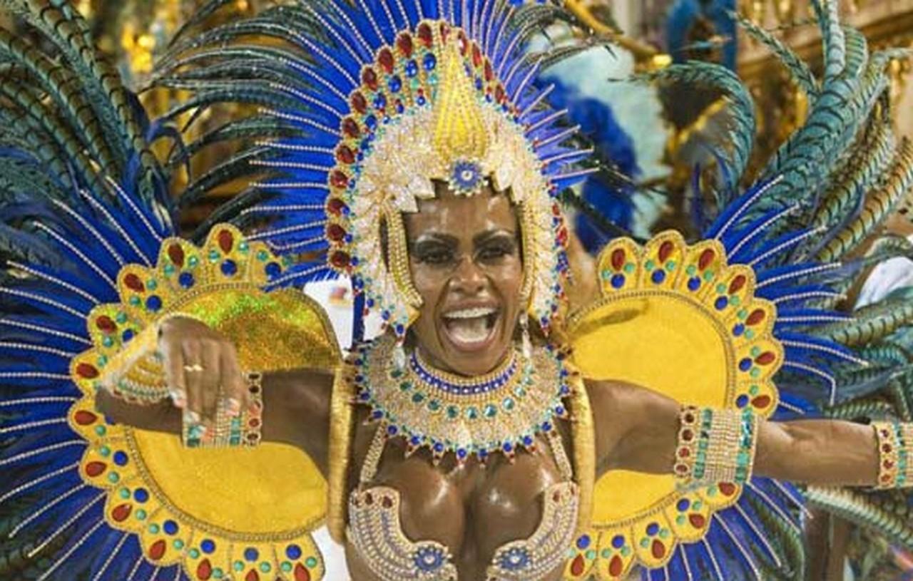 http://3.bp.blogspot.com/-ZstKiIQ2qEo/UHVMjiIMB3I/AAAAAAAAAV4/2jEP_fXtiJM/s1600/Rio-Carnival-2012-063.jpg