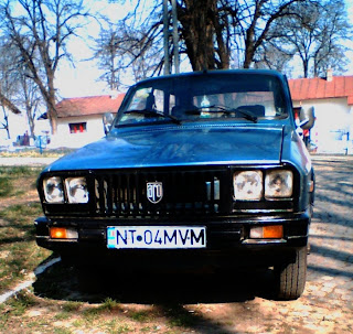 Romanian Car Aro 12 front