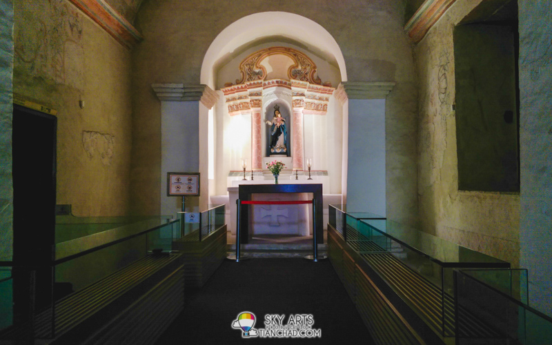 Interior of Guia Chapel