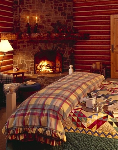 Country girl at home warm and cozy for Cozy country bedroom ideas