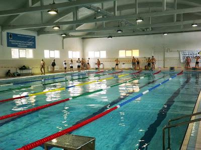 Invitaţie la Cupa Familiei, eveniment de înot, sâmbătă, 16 mai, bazinul de înot Bega, zona Circumvalaţiunii, Timişoara. Bazin