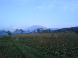 Gunung Ciremai yang Damai