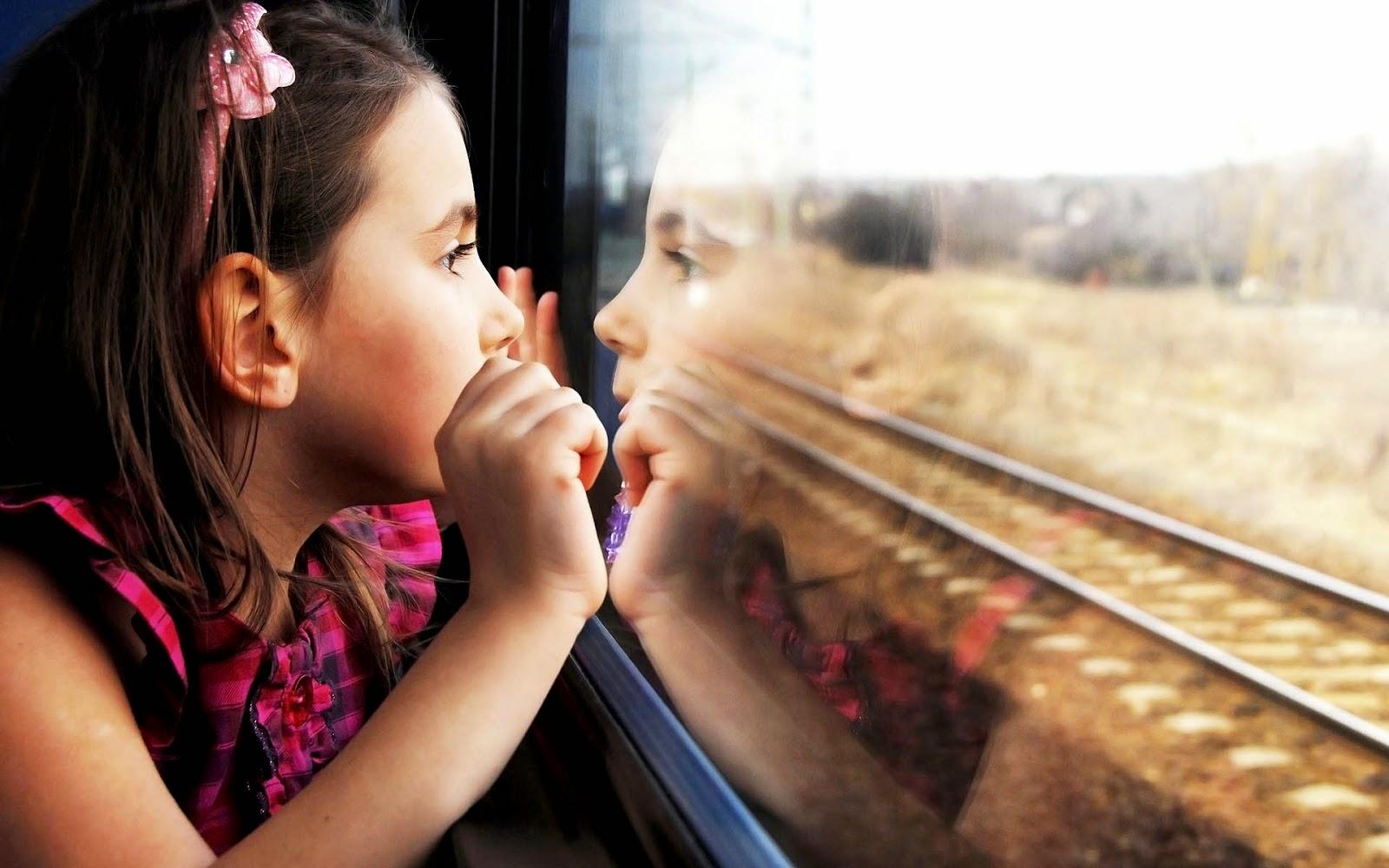 Achtergrond met kind in een trein