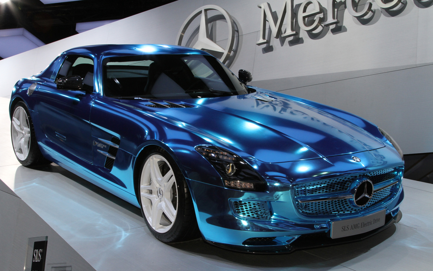Mercedes benz sls amg electric drive new cars reviews for Cars of mercedes benz