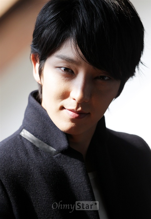 Lee Jun Ki ( Lee Joon Gi ) for Ohmy Star
