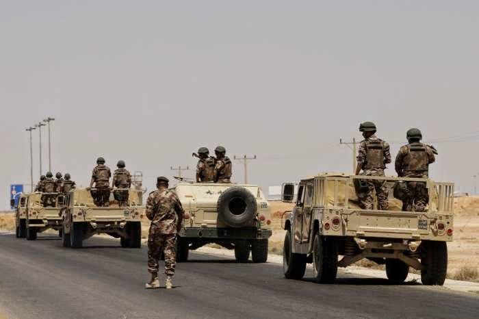 Militan Sunni Serang Pangkalan Udara Irak