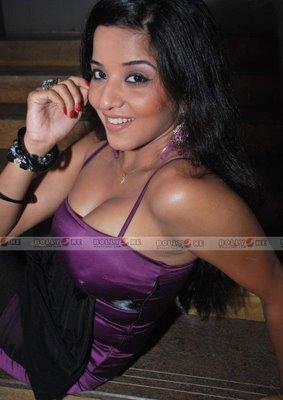 Fun Unlimited Bhojpuri Monalisa S Another Photoshoot