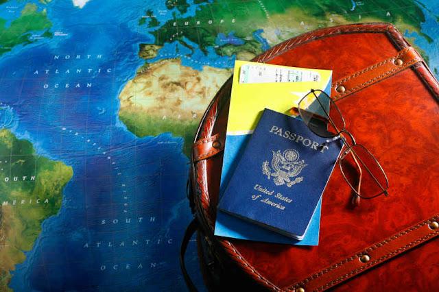 Πληροφορίες για τα απαραίτητα ταξιδιωτικά έγγραφα