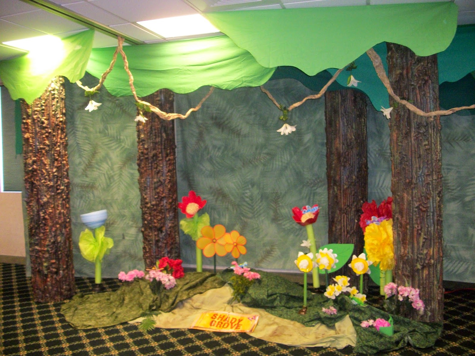 2015 journey vbs decorations off the map