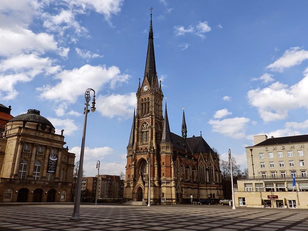 Die Petrikirche In Chemnitz Europa Urlauber