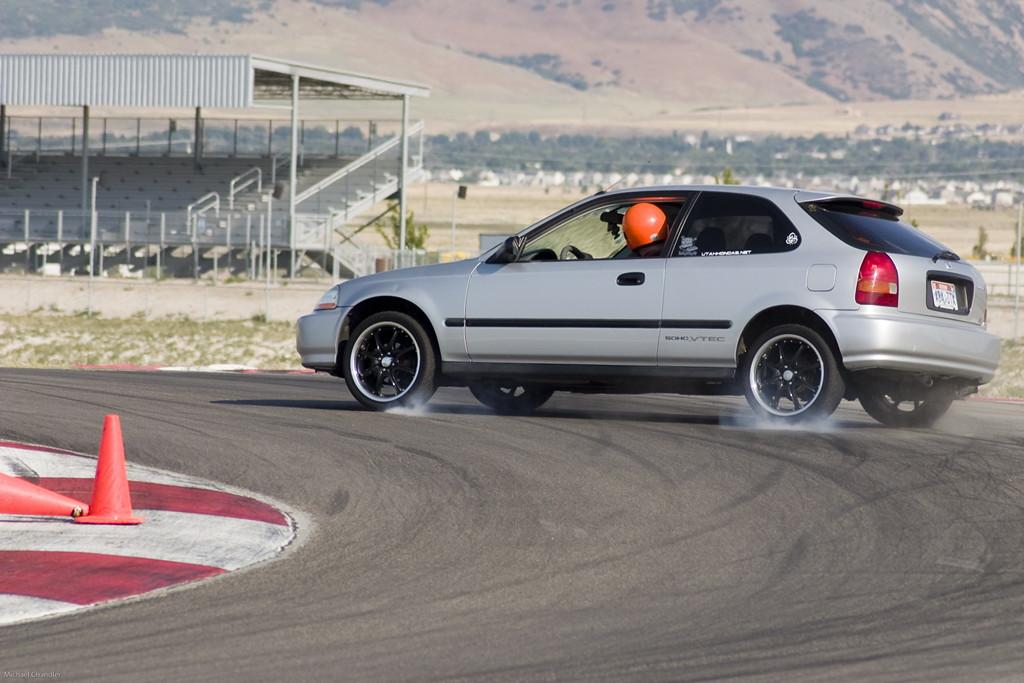 Typowa Honda, VTEC is kicking in yo, niedrogie samochody do wyścigów, popularne hatchbacki, sport, Civic do sportu, billeder, nuotraukos, grianghraf, valokuvat