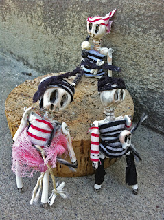 set of 3 skeleton art dolls miniature