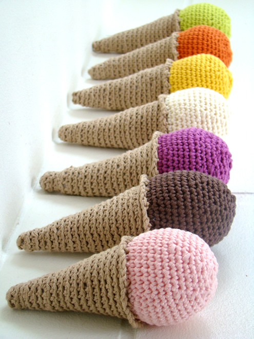 Crochet ice creams, photo by: Lady Colori | Happy in Red
