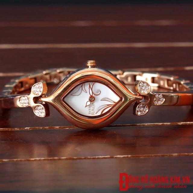 Đồng hồ nữ titan đính đá đẹp