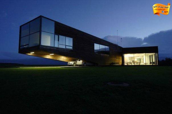 من أجمل المنازل في العالم المنزل ناتىء في لتوانيا