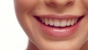 Cara Tradisional Memutihkan Gigi Kuning
