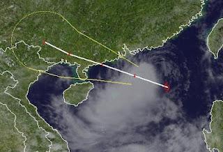 Tropischer Sturm DOKSURI jetzt bei Hong Kong - Sturmwarnung aktiviert, Doksuri, Dindo, aktuell, Hongkong, Sturmwarnung, Juni, 2012, Taifunsaison 2012, Satellitenbild Satellitenbilder, 2012,