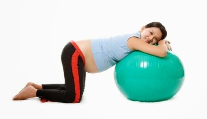 http://artikelampuh.blogspot.com/2014/05/olahraga-sehat-untuk-persiapan-melahirkan.html