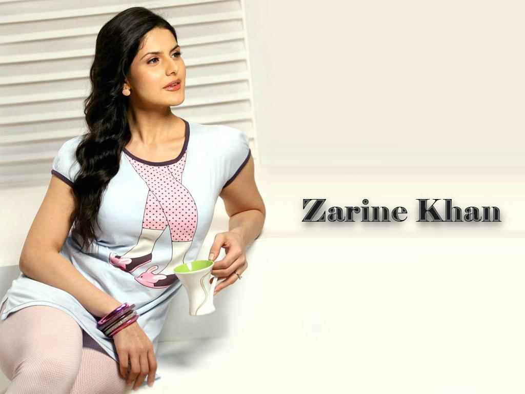 http://3.bp.blogspot.com/-ZuRCSIyykhw/UDnd2CROVeI/AAAAAAAABwA/rCyntfGnJHI/s1600/new++zarine+khan++hd+wallpapers.jpg