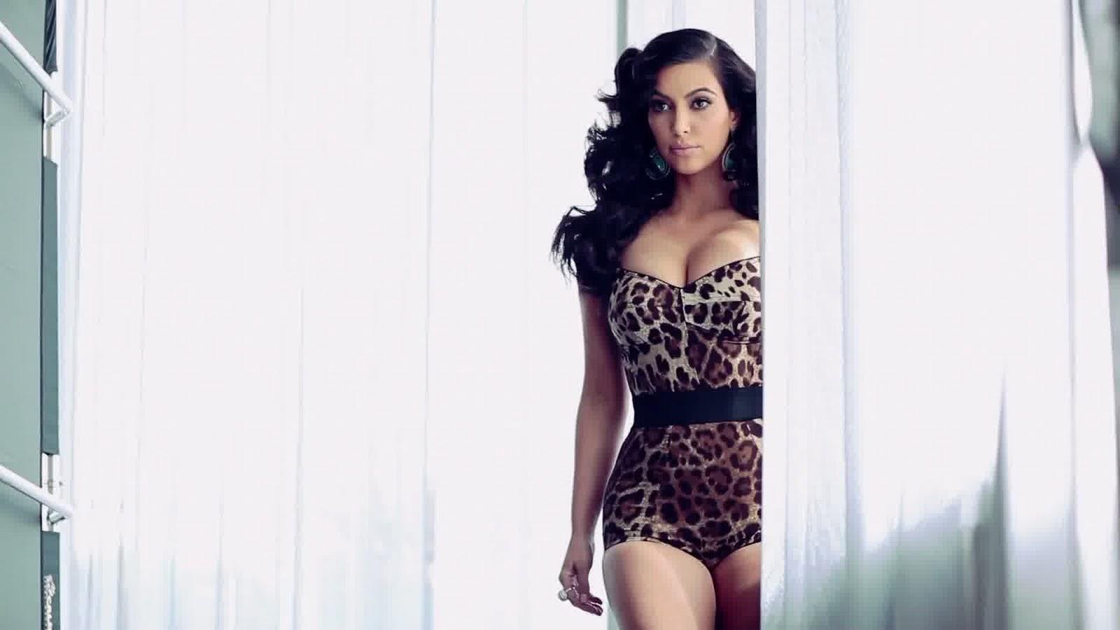 http://3.bp.blogspot.com/-ZuRZ3lj0kBw/TyvyjR0NTNI/AAAAAAAAfi4/HNWXLRGBw-M/s1600/Kim-Kardashian-10.jpg