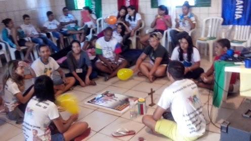 Jovens do Varjão participam de encontro de líderes missionários