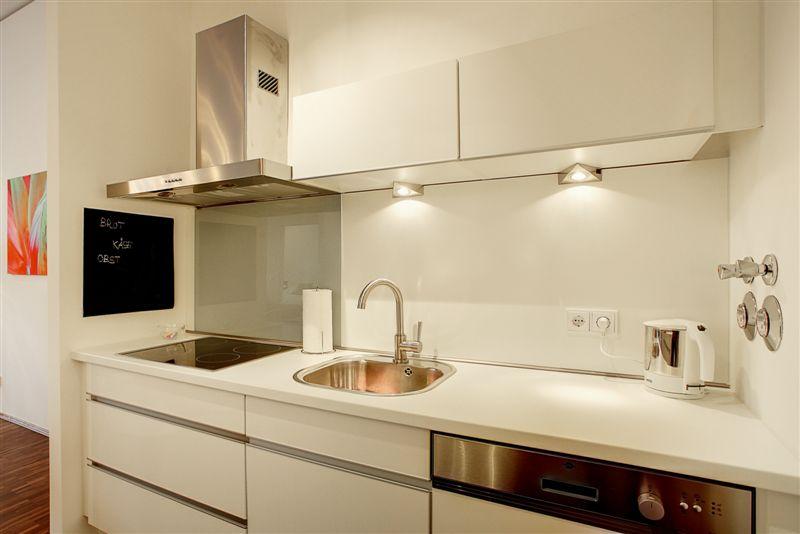 la iluminacin perfecta para cocinar es aquella donde se combina la luz natural con la artificial una de las mejores opciones de lmparas para cocina son