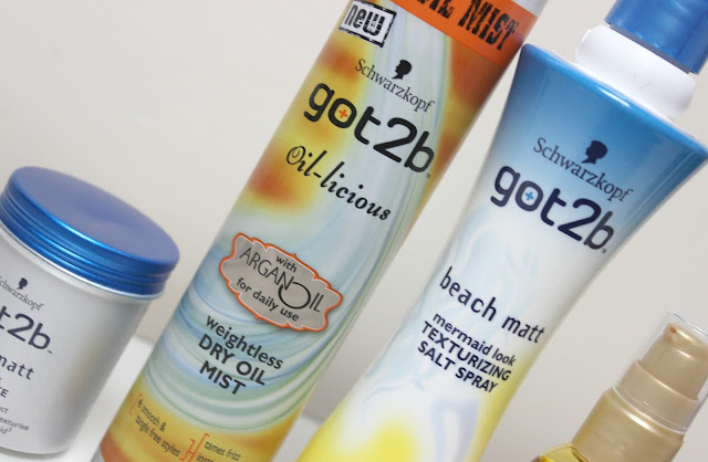 A picture of Schwarzkopf got2b Oil-licious weightless DRY OIL MIST