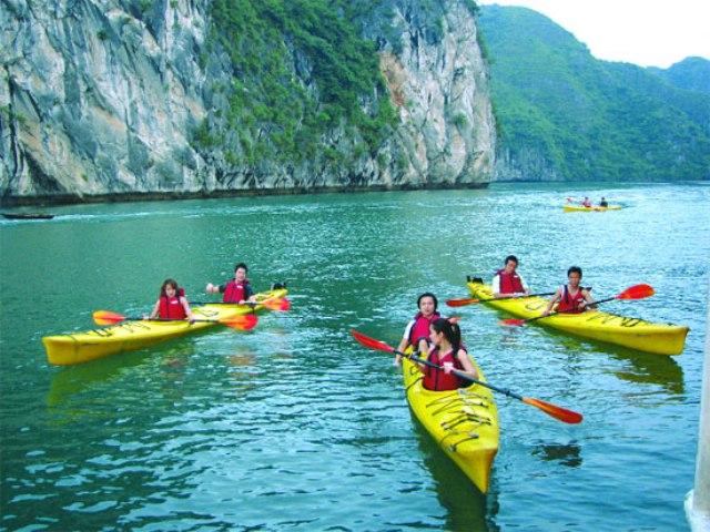 Kayak - Victory Star Cruise