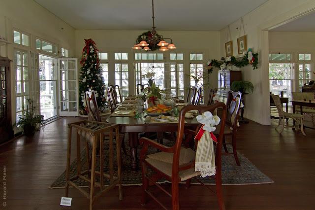 Esszimmer von T. A. Edison zu Weihnachten