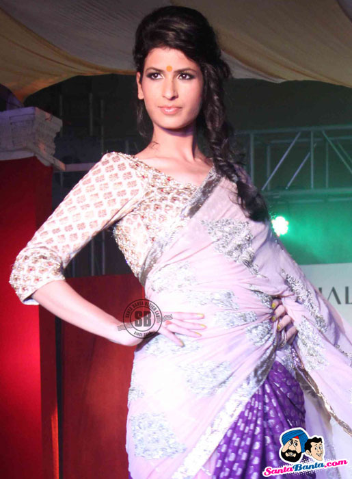 Model Walk the Ramp at Global Movie Independence Fashion Show  - (15) - Global Movie Independence Fashion Show Photos