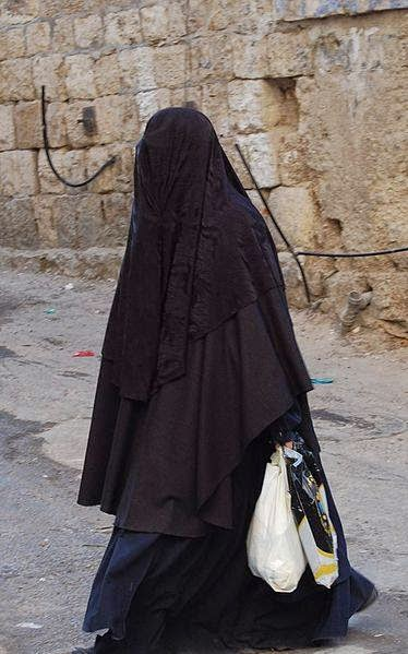 Antara Wanita Melayu Islam dan Wanita Yahudi Israel