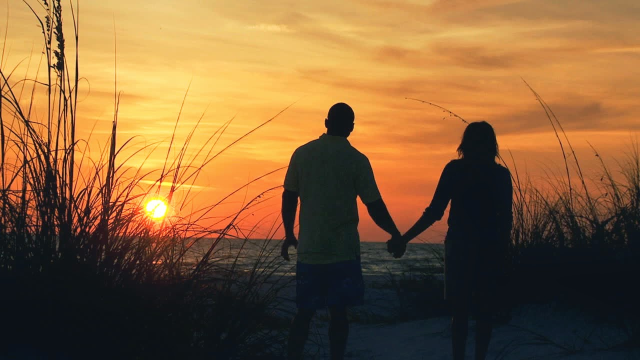 Tales to tell 2014 for Best vacations in december for couples