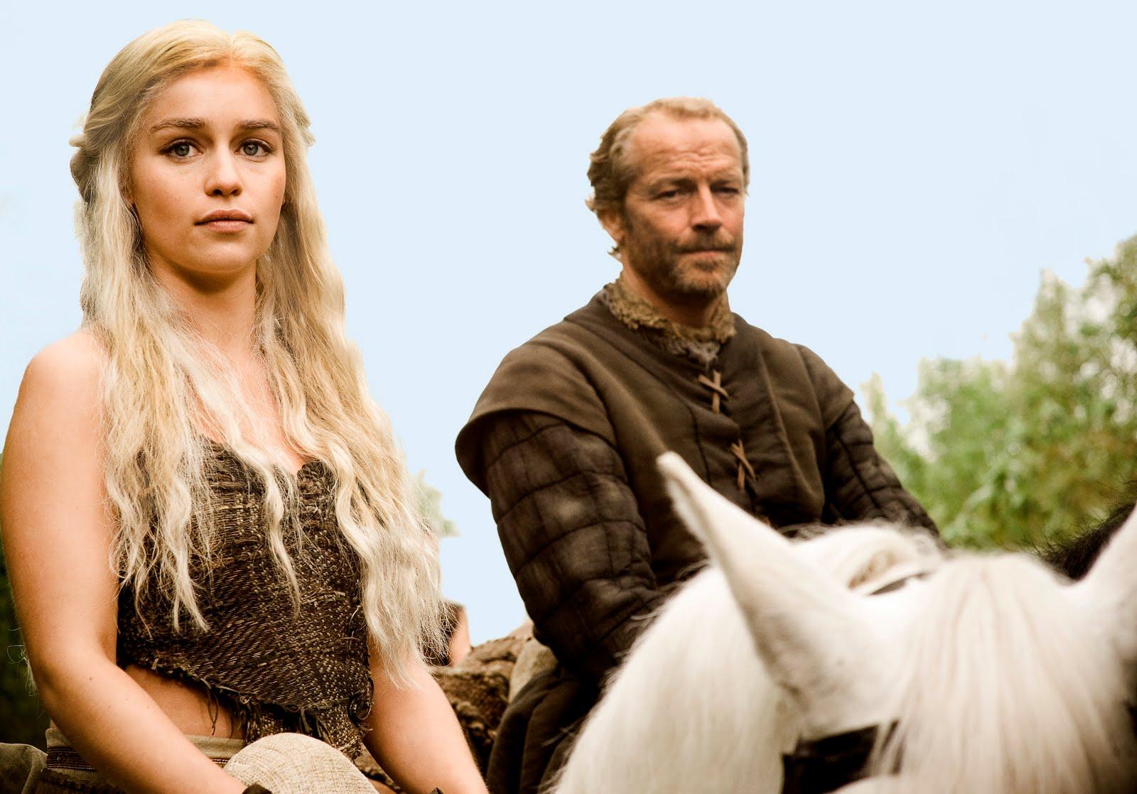 http://3.bp.blogspot.com/-ZvJREHk2fyw/TgYICimgJtI/AAAAAAAABnc/SBUAS1GFECc/s1600/Game+of+Thrones+Daenerys.jpg